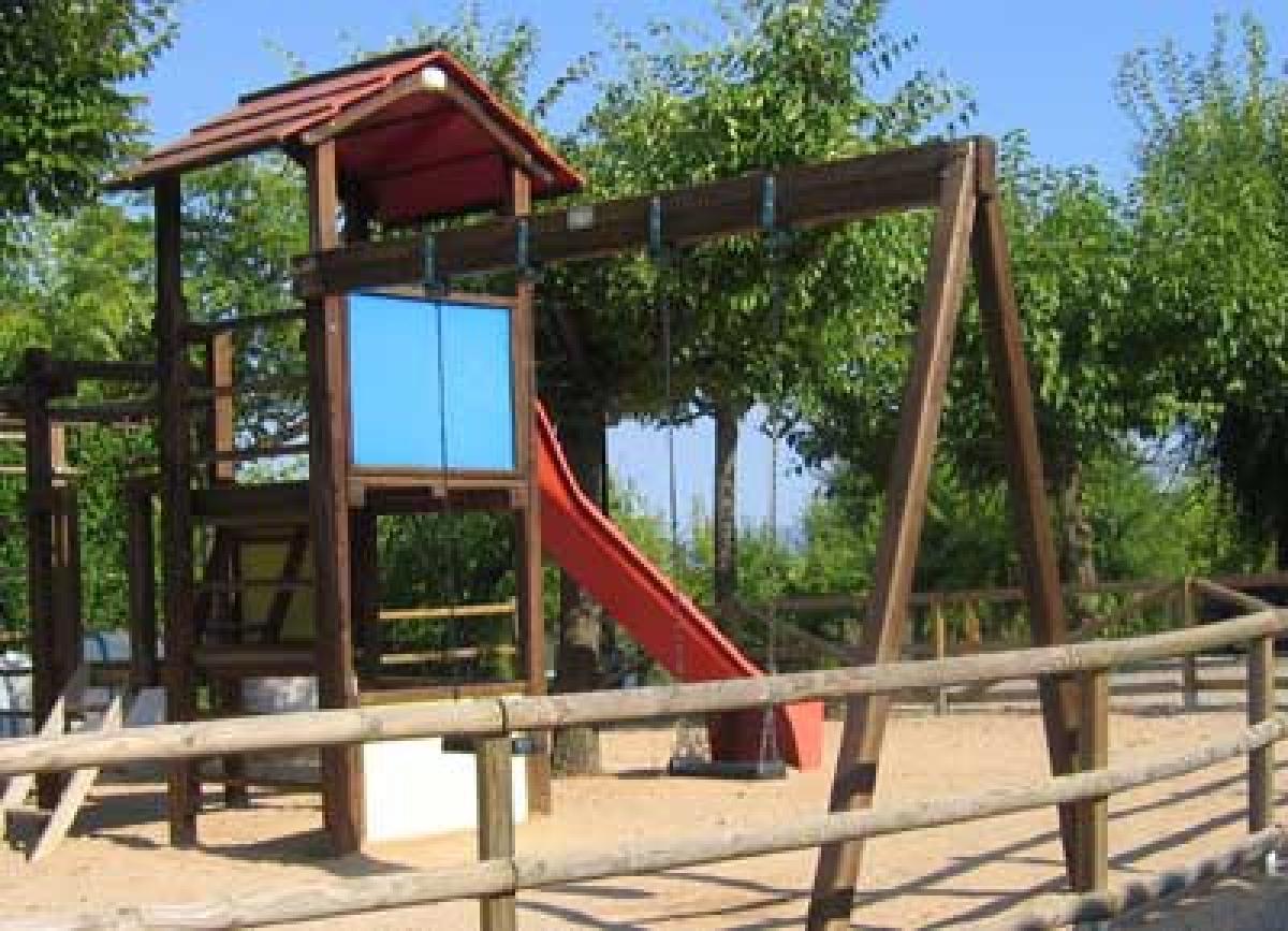 La Bota de Caldes-Parc Infantil